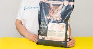 Woraus ist die Katzenfutter Zusammenstellung gemacht im Test?