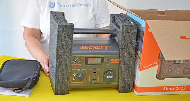 Jackery Tragbare Powerstation Explorer 500 im Test - Abmessungen: 30 x 19,3 x 23,4 cm; Gewicht: 6 kg