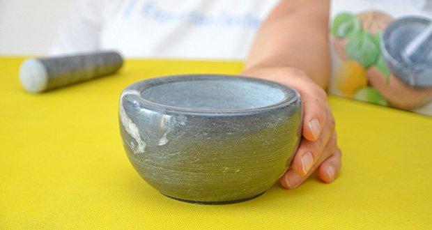 Tera Marmor Mörser und Stößel im Test - aus reinem Naturmarmor hergestellt