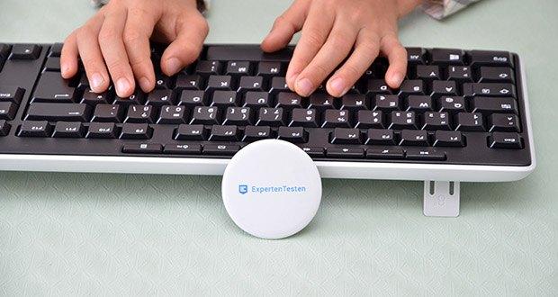 Logitech K270 Kabellose Tastatur im Test - ermöglicht eine zuverlässige kabellose Verbindung mit bis zu 10 Metern Reichweite