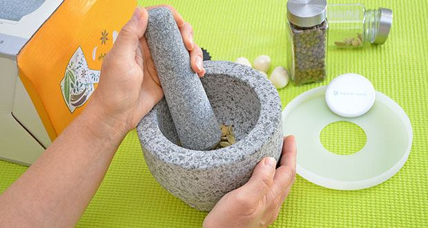 Tera Granit Mörser mit Stößel im Test - die Hauptschale mit einem Fassungsvermögen von 1,5 Tassen