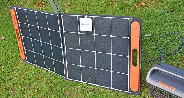 Jackery Faltbares Solarpanel SolarSaga 100 im Test - aus dem ETFE-Material für eine robuste Oberfläche und lange Lebensdauer