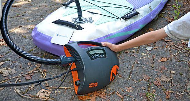 Outdoor Master Shark II SUP Pumpe im Test - schließen Sie einfach Ihren Shark II in den 12V-DC-Anschluss Ihres Autos und Sie können dann aufblasen