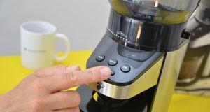 Verschiedene Arten von Kaffeemühlen in einem Testvergleich