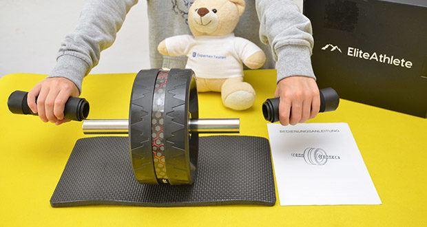 EliteAthlete Bauchtrainer schwarz im Test - der breite Stand vom AB Wheel gibt Dir mehr Stabilität und Kontrolle, besonders hilfreich für Anfänger