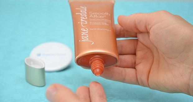 jane iredale Smooth Affair Primer Brightener Gesichtspflege Creme im Test - mit einen frischen Duft