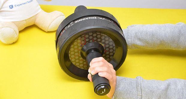 EliteAthlete Bauchtrainer schwarz im Test - die spezielle Oberfläche des Rads ist für zusätzlichen Grip strukturiert und maximiert die Traktion und Stabilität beim Rollen
