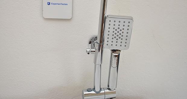 Elbe Duschsystem mit quadratischem Duschkopf im Test - die Handbrause ist in der Höhe um 34 cm verstellbar und kann um 360° gedreht werden