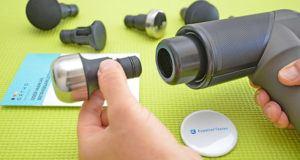 Lautstärke eines Massagepistolen Sets im Test und Vergleich