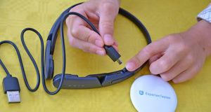 Sonderfunktionen eines kabellosen Kopfhörers im Test und Vergleich